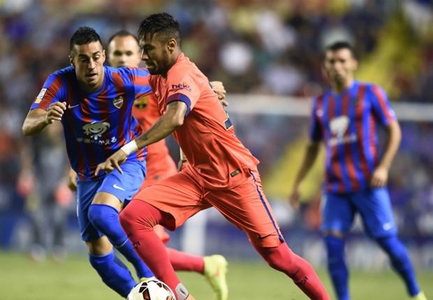 Neymar cedera saat melawan Levante.