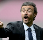 Luis Enrique honored as Barca boss