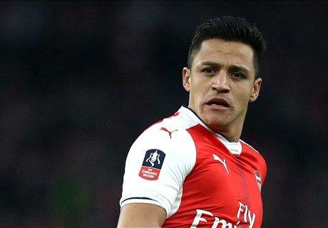 RUMOURS: Bayern to make Alexis bid
