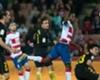 Adrián Ramos salió lesionado del duelo con Atlético Madrid