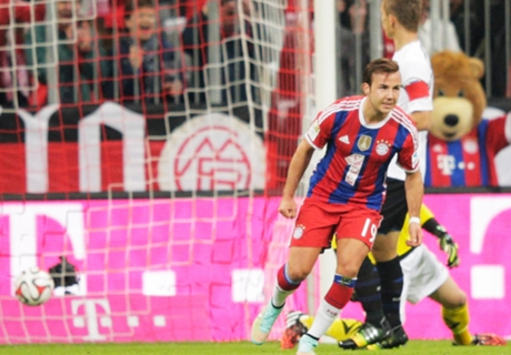 Gotze double leads Bayern rout