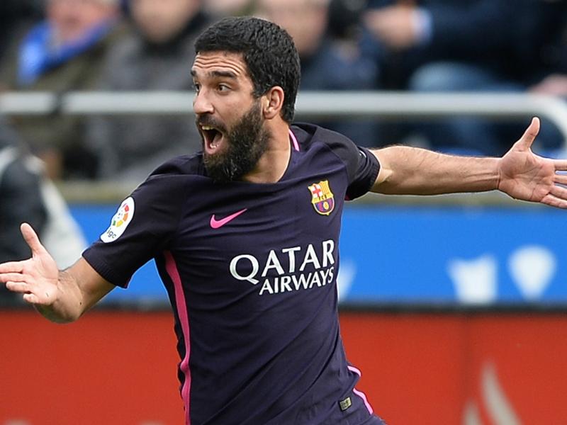 Barça, Arda Turan absent trois semaines