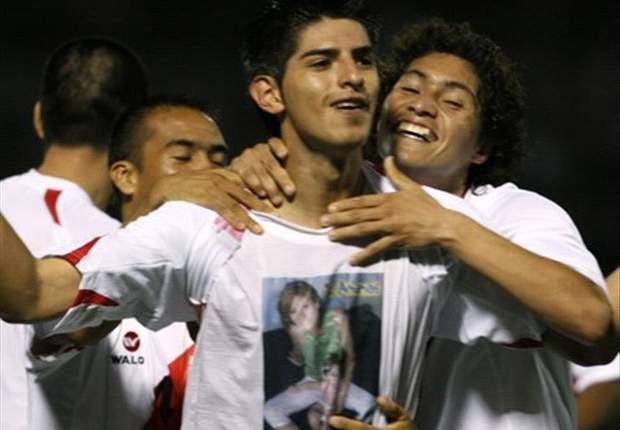 ARG - Zambrano dément avoir insulté Higuain et Messi