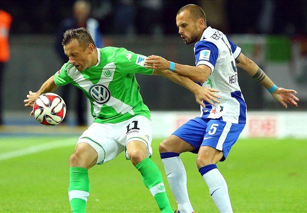 Ivica Olic im Kampf um den Ball