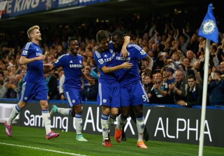 Chelsea 2-1 Bolton: Oscar strikes