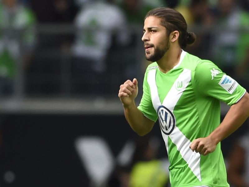 Calciomercato, il Wolfsburg blinda Ricardo Rodriguez: Non partirà prima del 2016 e presto rinnoverà