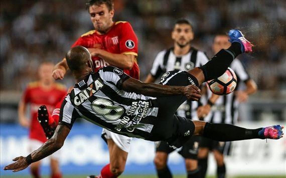 Botafogo score double bicycle-kick goal