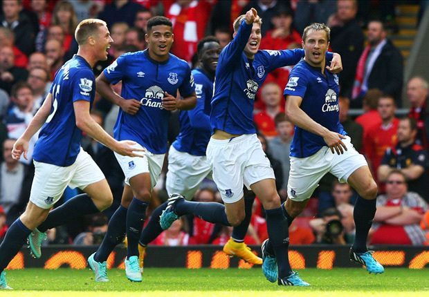 Liverpool 1-1 Everton: Jagielka belter stuns Reds