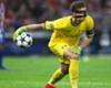 Leno Tersanjung Dengan Rumor Madrid