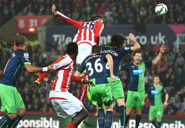 Stoke City 1-0 Newcastle: Crouch header leaves Pardew on the brink