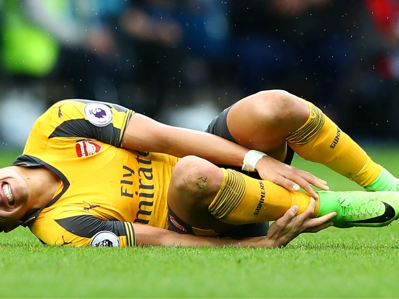 Wenger: Alexis ankle in a terrible state