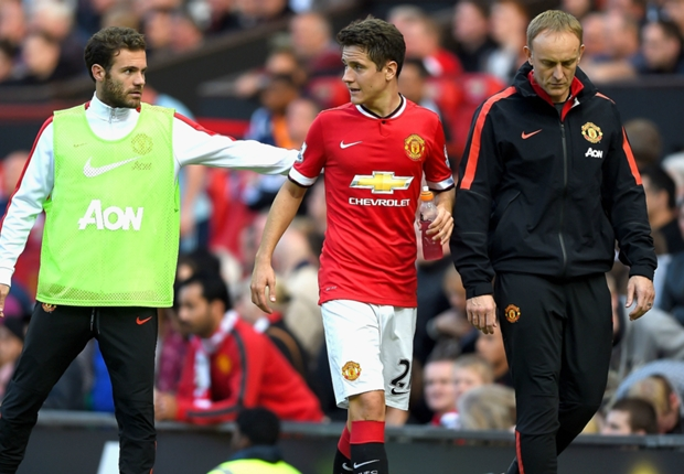 I need time to become a Manchester United regular - Herrera