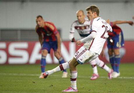Muller penalty enough for Bayern