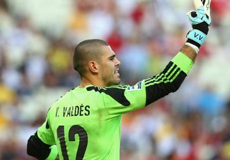 Van Gaal le hace una oferta a Valdés
