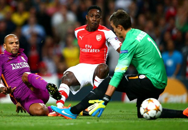 Arsenal 4-1 Galatasaray: Welbeck bags hat-trick before Szczesny sees red