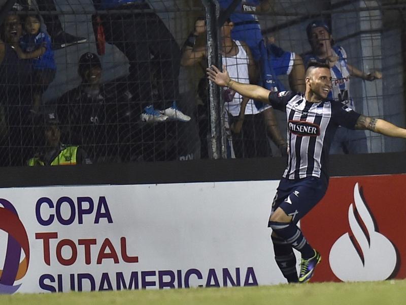 Emelec 1 x 0 Goiás: Equipe brasileira não segura pressão e fica em desvantagem