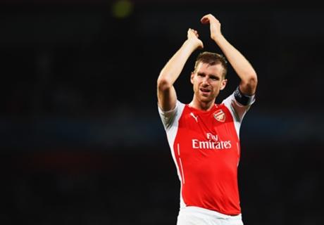 Mertesacker Ragukan Kans Juara Arsenal