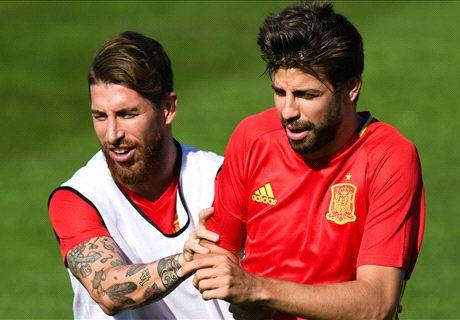 Piqué da el susto con España