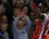 Welbeck: Wenger has good headache