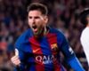 """Xavi: """"Het zou een historische fout zijn voor Barcelona om Messi's contract niet te verlengen"""""""