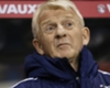 Strachan defends Scotland players