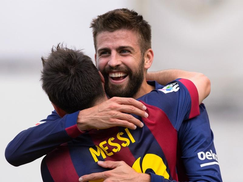 """Barça, Piqué : """"Le jour où Messi partira ce sera un peu comme le jour où on perd son père"""""""