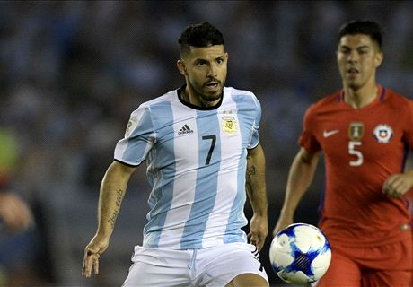 Aguero falls flat for awful Argentina