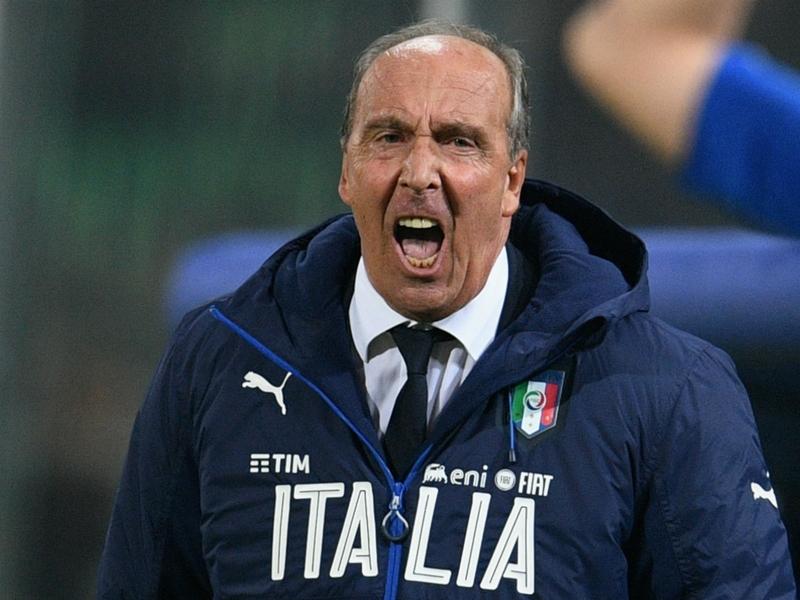 LIVE: Italy vs Uruguay