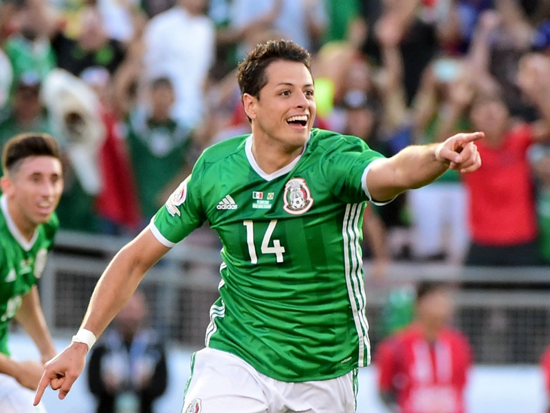 Former Man Utd and Madrid striker Hernandez 'never dreamed' of equalling Borgetti