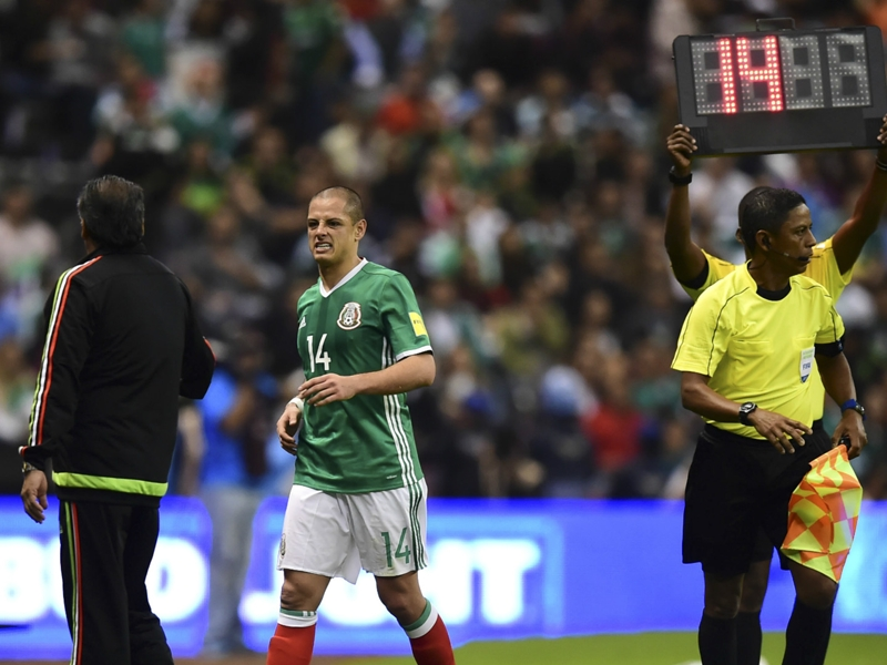 Chicharito questionable for Trinidad and Tobago game, Damm out