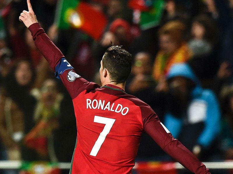 LIVE: Portugal vs Sweden
