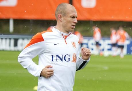Bayern, Robben rend hommage à Mourinho et van Gaal