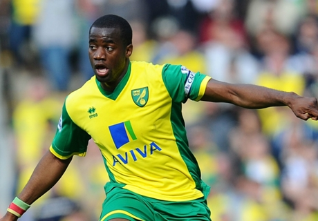 Watford take Norwich's Bassong on loan
