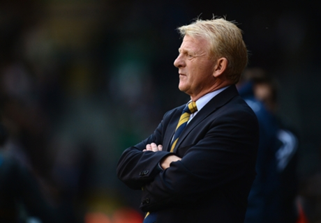 Strachan dismisses talk of Irish duo