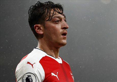 Ozil would consider Germany return