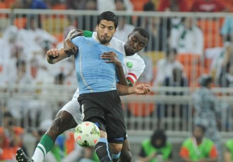 Luis Suarez Tampil Lagi Buat Uruguay
