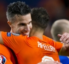 RVP joy for comeback-hero Afellay