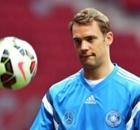 Manuel Neuer peut-il croire au Ballon d'Or ?