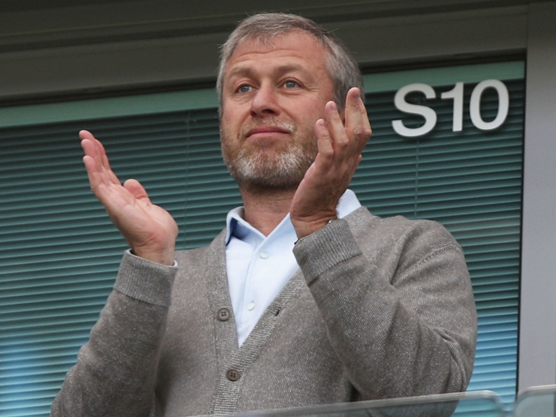 What is Roman Abramovich's net worth & how much does the Chelsea owner earn?