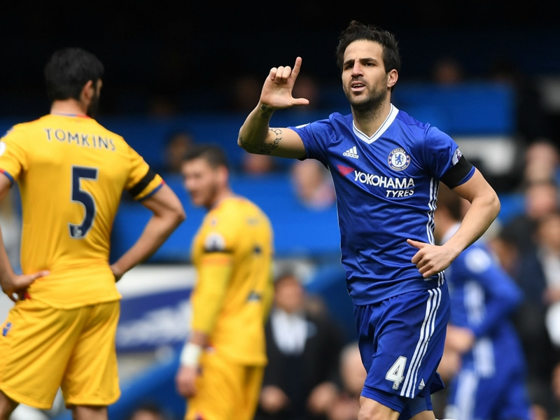 Fabregas loses faultless Premier League record in Chelsea defeat