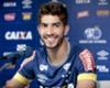 """Celebrando reencontro com torcida e vitória no clássico, Lucas Silva manda recado: """"provamos a força do Cruzeiro"""""""