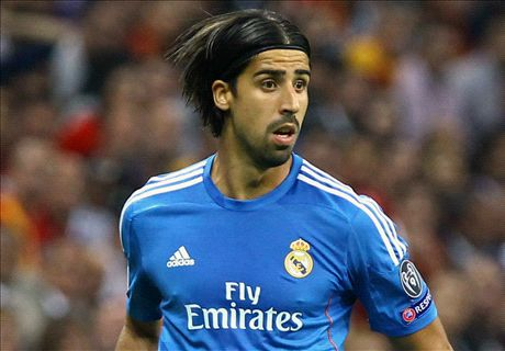 Transfer Talk: United lead Khedira race