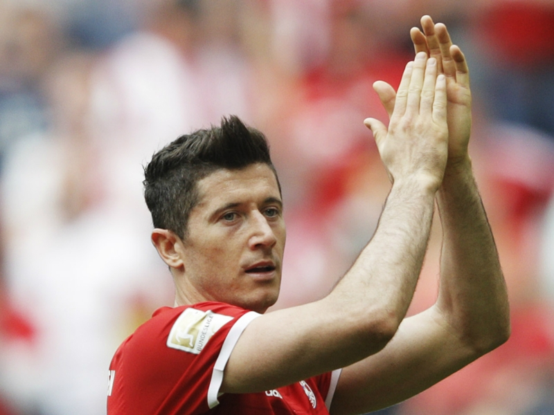 LIVE: Bayern Munich vs Borussia Dortmund