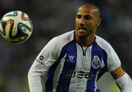 VIDEO - Quaresma woedend na tegengoal