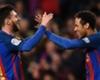 Neymar en Messi vieren vriendschap