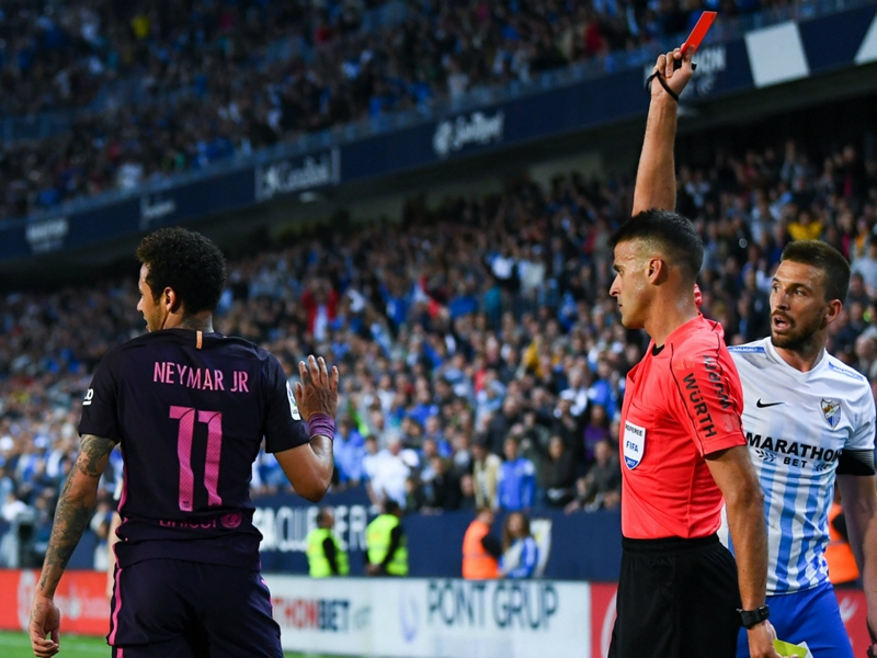 Mascherano angry as Neymar could miss Clasico