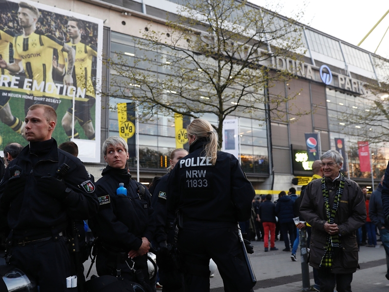 Borussia Dortmund's game with Monaco called off after explosion hits team bus