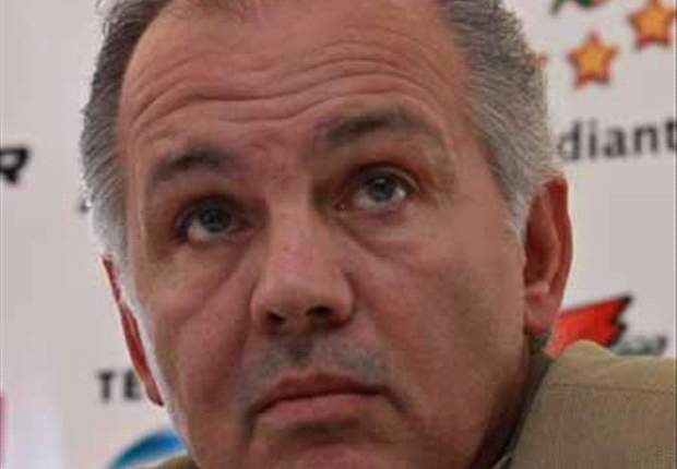 Alejandro Sabella firms for Argentina coaching job after Al Jazira admit they no longer expect him at the club