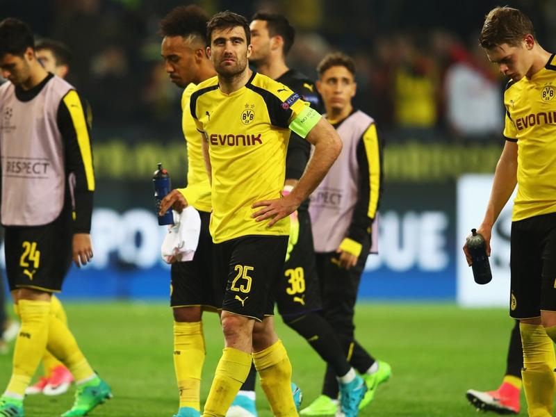 """Dortmund, Sokratis : """"Beaucoup de choses peuvent arriver en été"""""""
