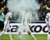 Alexandre Lacazette Lyon Besiktas UEFA Europa League 13042017
